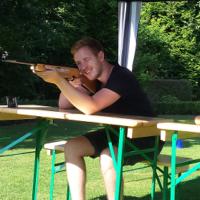 marcel-kroker-lasergewehr